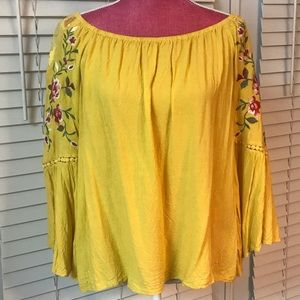 Mustard 3/4 sleeve top